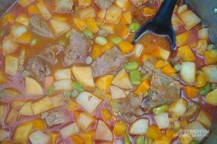 Баранина, репа и зеленые бобы. Как приготовить рагу наварен