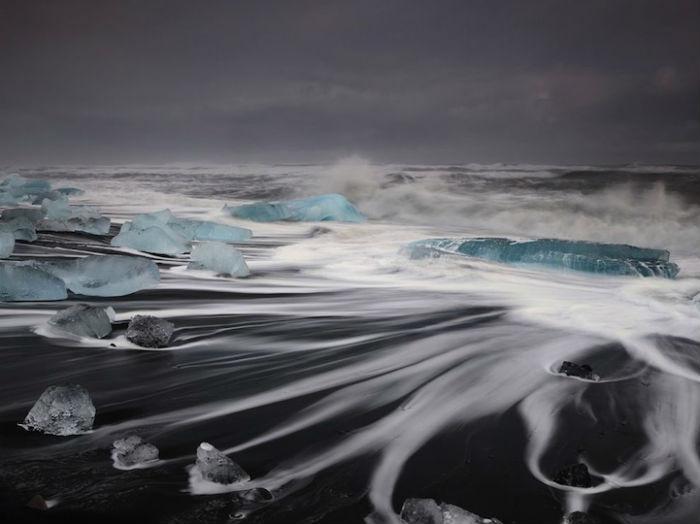 Невозможно остаться равнодушным, глядя на величественную красоту Исландии