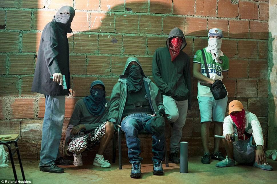 Короли Каракаса: исповедь главаря банды, промышляющей похищениями людей