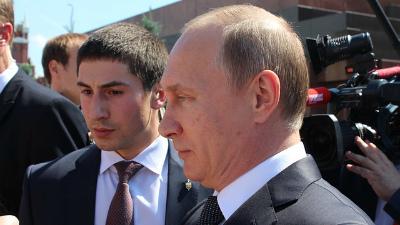 Стало известно, сколько заработал Путин в 2015 году