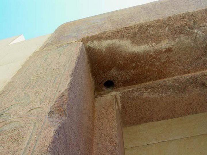 9. Храм Хатшепсут. Профилированная деталь фасада. древний египет, история, технологии