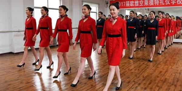 Все не так мило и романтично: Китайская школа стюардесс