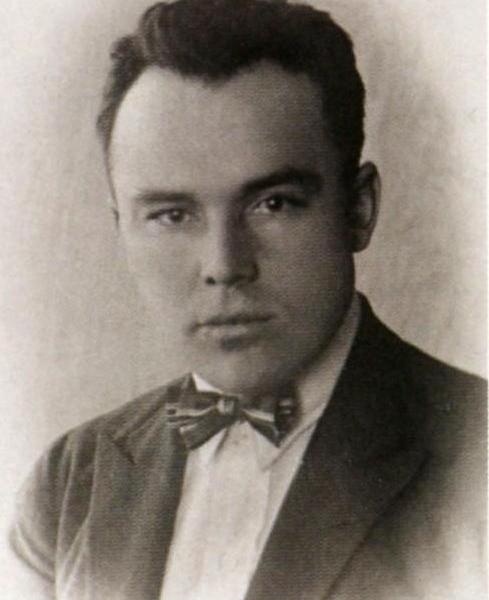 2.Н.Поликарпов во время работы на Русско-балтийском заводе.