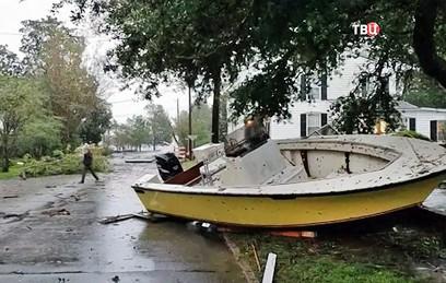 Число жертв урагана Флоренс в США увеличилось до 13 человек