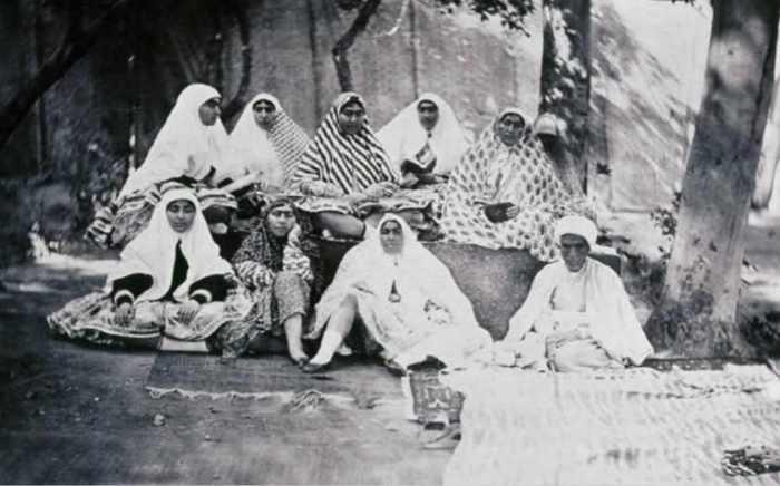 15 реальных фото иранского шаха и его гарема, в котором было почти 100 женщин