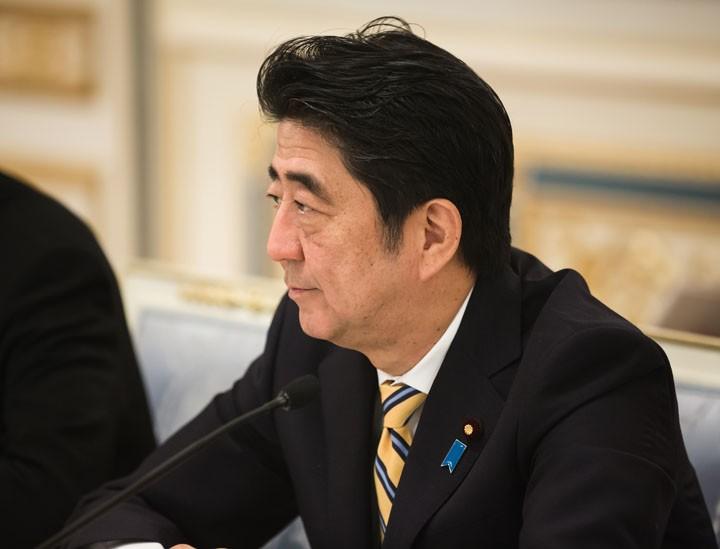Абэ пообещал не размещать ба…