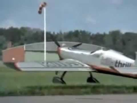 Падающий самолет. Шокирующее видео.flv