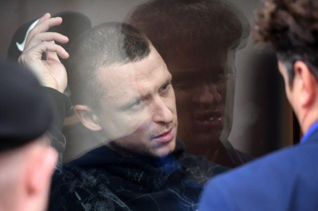 Адвокат Мамаева попросил выпустить футболиста под залог