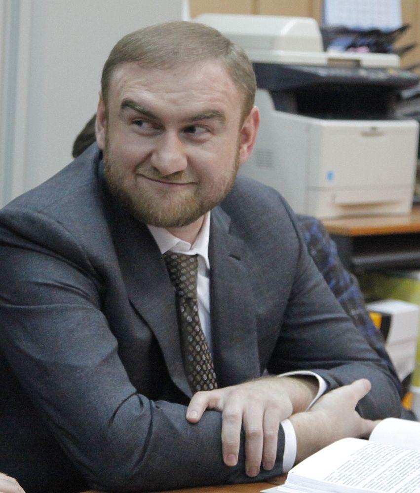 Арестованный сенатор Арашуков в СИЗО «Лефортово» отказался от еды