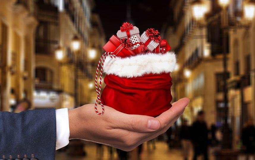 Картинки по запроÑу ИÑÑледователи выÑÑнили, почему дарить подарки приÑтнее, чем получать