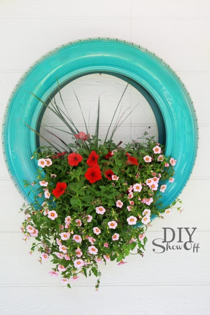 Вазоны для цветов из покрышек своими руками фото