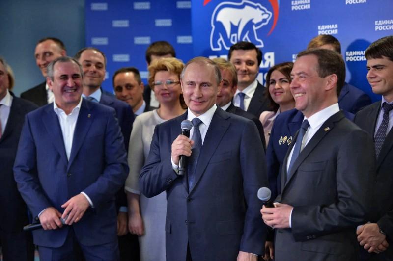 Двуличие путинских соратников