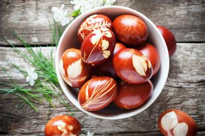 Красим яйца на Пасху. 16 хитростей, чтобы яйца не трескались
