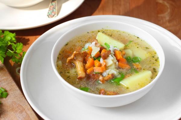 Как приготовить грибной суп с лисичек