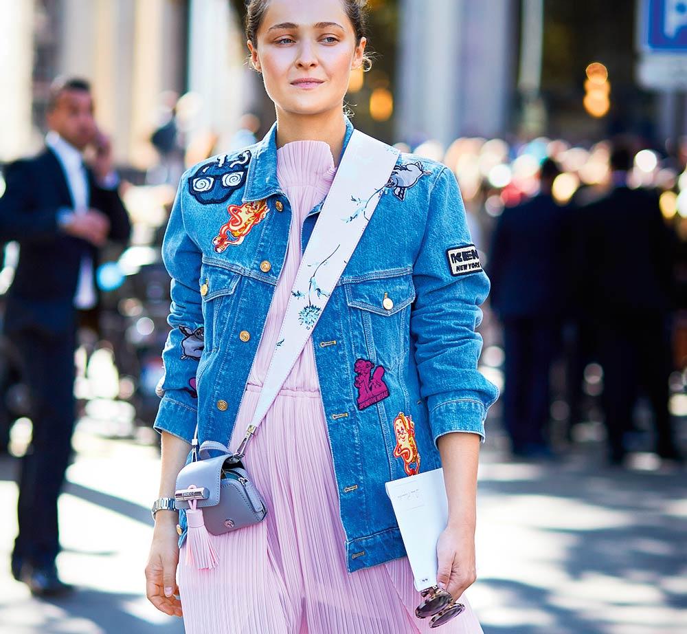 Джинсовые куртки: 5 модных образов