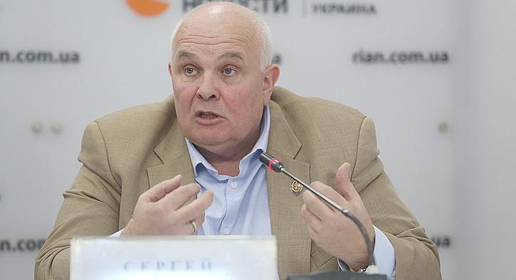 Война пришла в Киев. Под угрозой – военные, чиновники, банкиры, депутаты