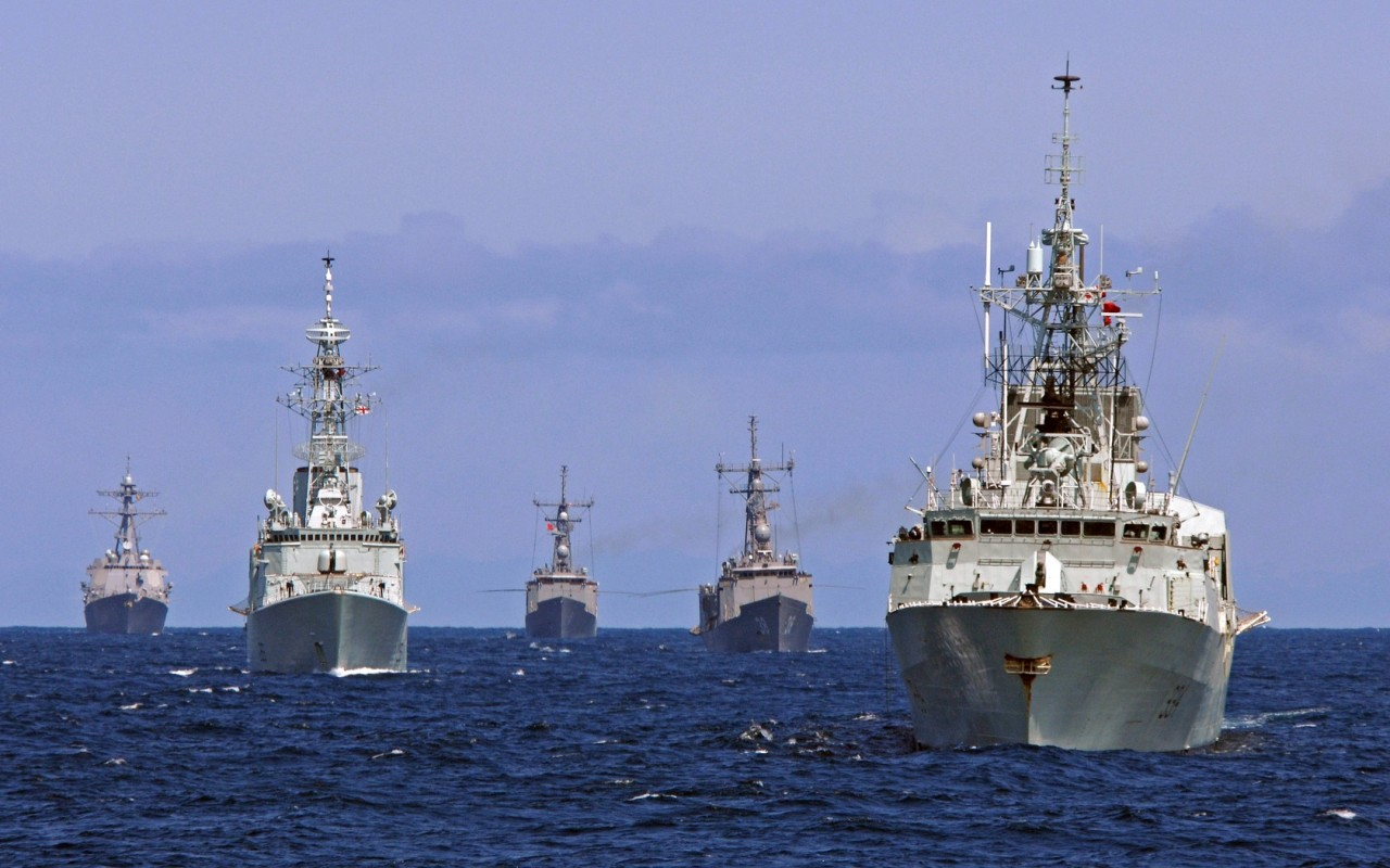 Как советские моряки разведке НАТО подлости зеркалами делали