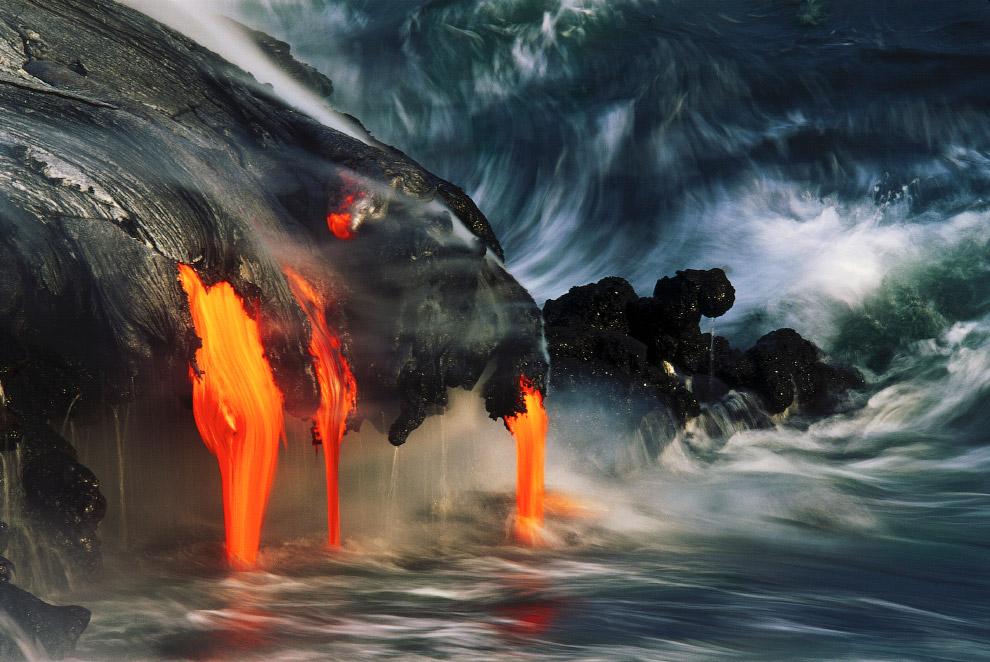 Лава с вулкана Килауэа, Гавайи, США