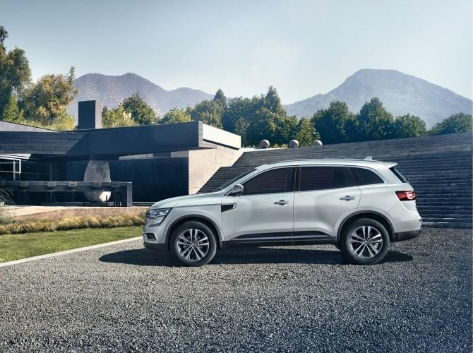 В России начались продажи нового Renault Koleos