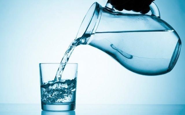 7 вещей, которые происходят в вашем организме, когда вы регулярно пьете воду