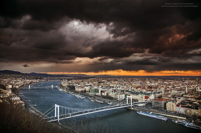 Голубой Дунай. Автор фото: Tamas Rizsavi.