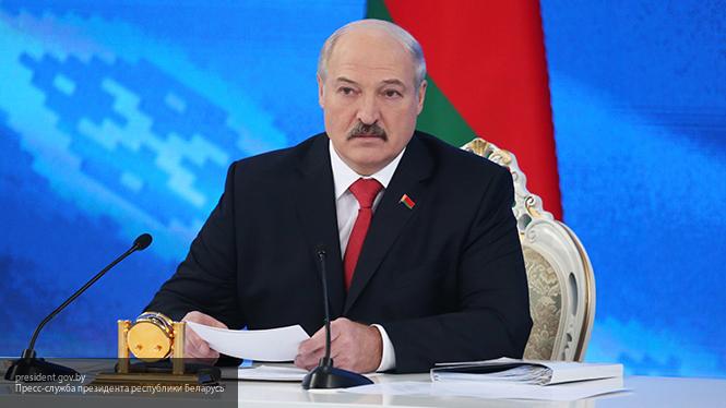 Лукашенко признался, что в детстве хотел стать великим футболистом