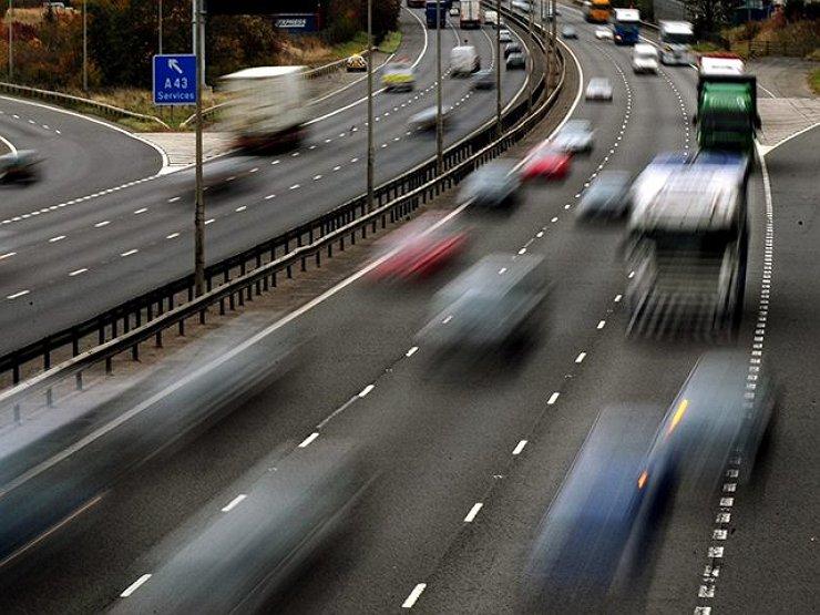 Какие приемы из автоспорта могут помочь на дороге