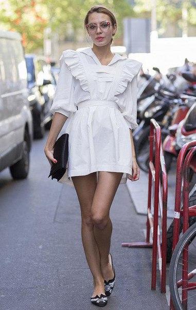 Как носить белое летом: 8 стильных образов на любой случай