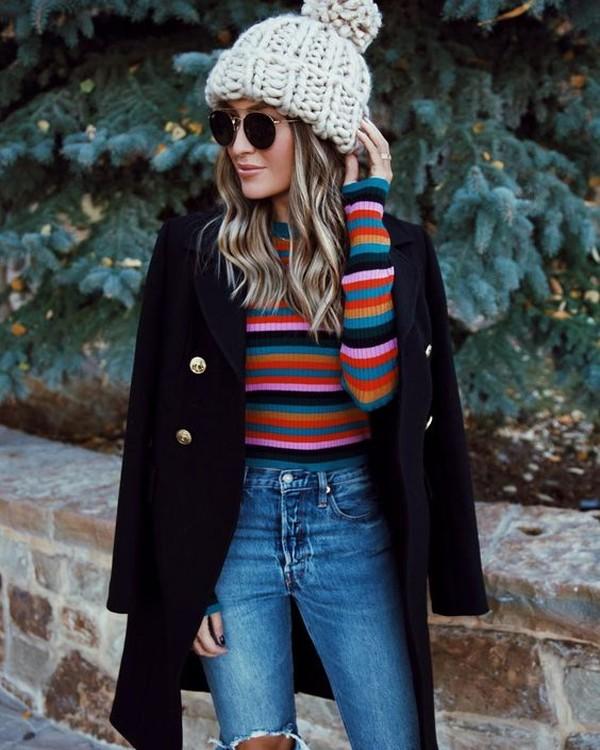 С чем носить джинсы зимой: модные образы на каждый день