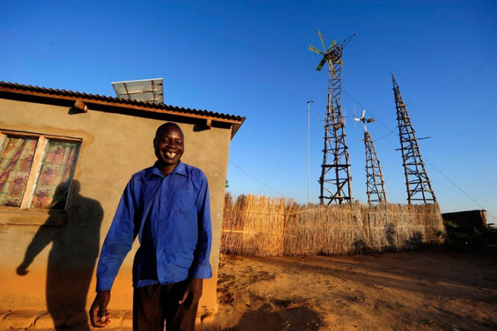 Уильям Камквамба - юноша, который стал успешным, благодаря целеустремленности и желанию усовершенствовать этот мир.