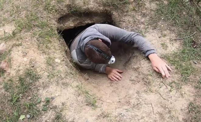 Открыл канализацию и спустился в бункер времен войны
