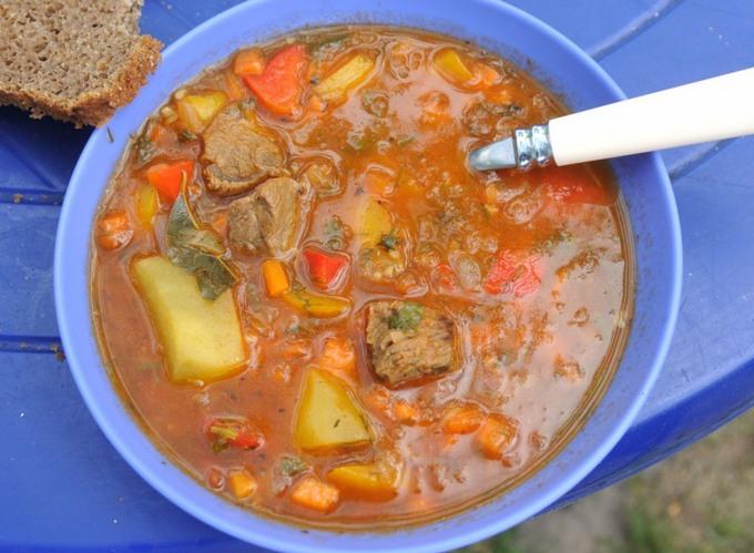 Шурпа из телятины с овощами