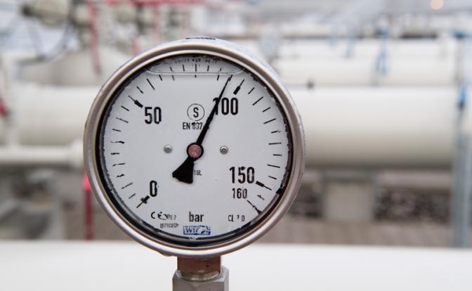 """«Северный поток-2»: """"Газпром""""  умоляет немцев спасти """"трубу"""""""