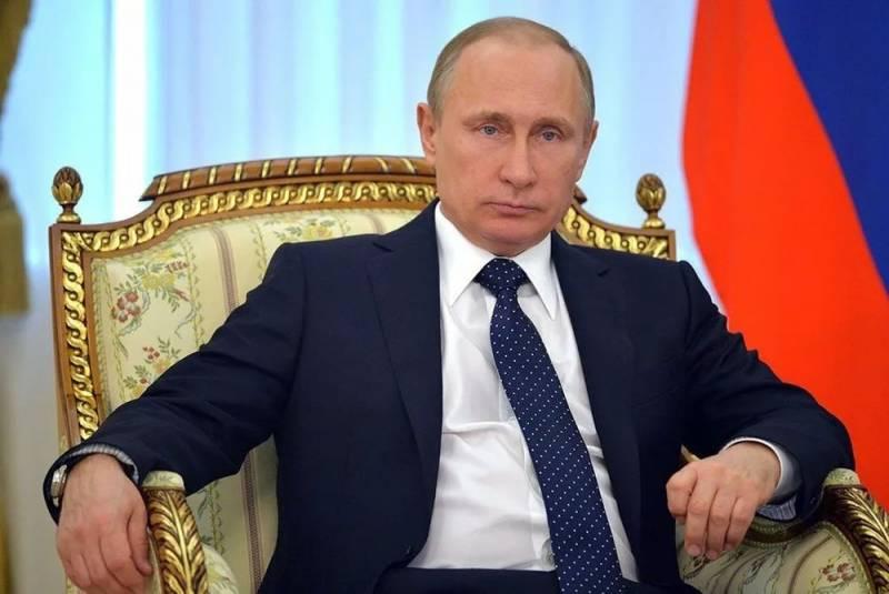 Путин принял череду отставок и назначил временных глав регионов