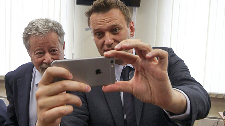 """Узнал """"что-то, чего не должен знать"""": Разоблачение независимого Навального"""