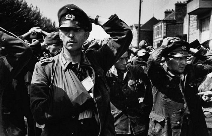 Война без прикрас: Уникальная подборка фотографий немецких и советских военнопленных