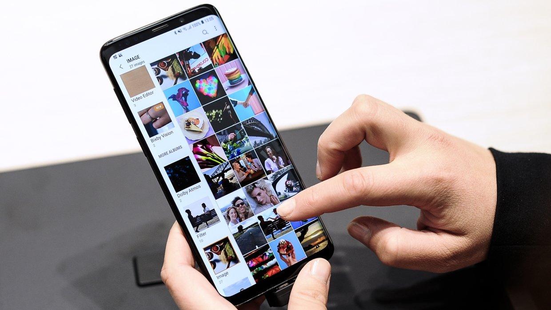 Война гаджетов: Samsung высм…