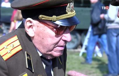 103-летний танкист поделился воспоминаниями о ВОВ