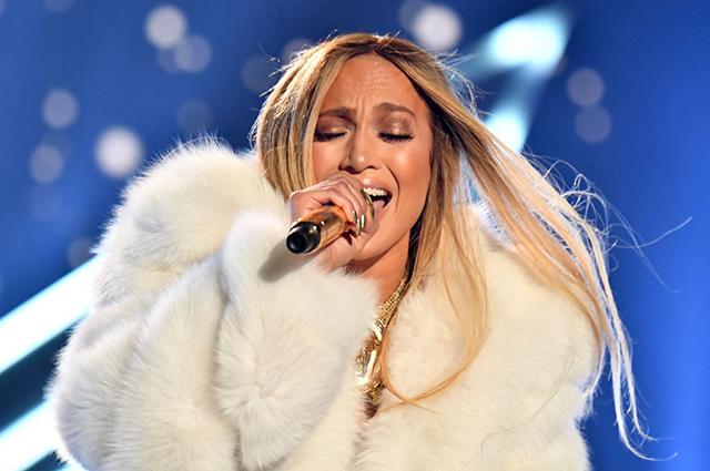 MTV Video Music Awards — 201…