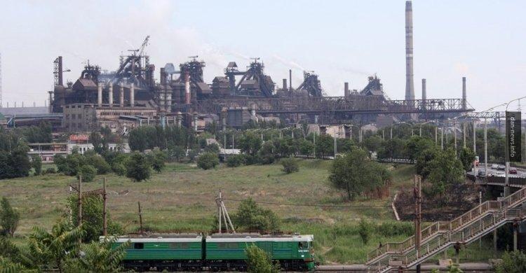 Мариуполь в огне: чем готов пожертвовать Киев ради внимания Запада