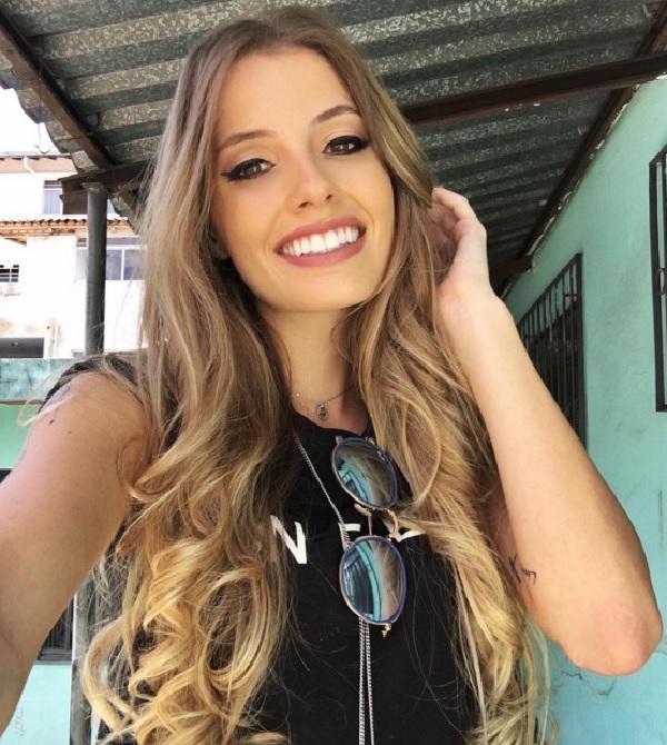 Красивая девочка дала офицеру порно фото 679-838