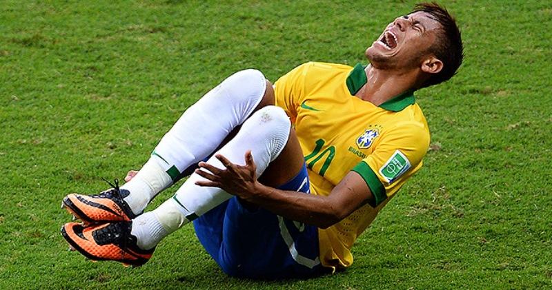 Бразильская симуляция: эксперты прикинули, сколько минут Неймар пролежал на газоне за время ЧМ-2018