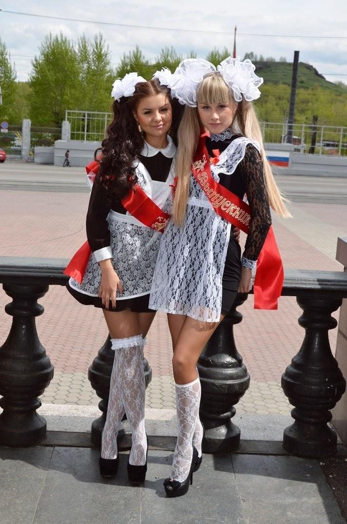 Голые молоденькие девочки в чулках фото 43-215