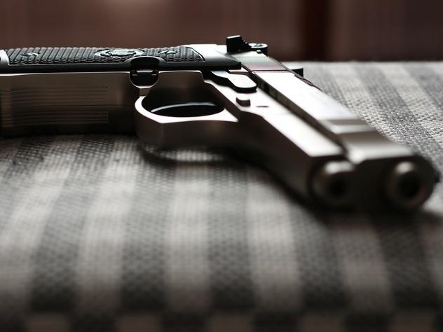 В Подмосковье безработный обстрелял троих мужчин