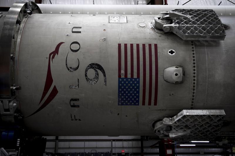 Посадка Falcon-9: взгляд специалиста(9 фото )