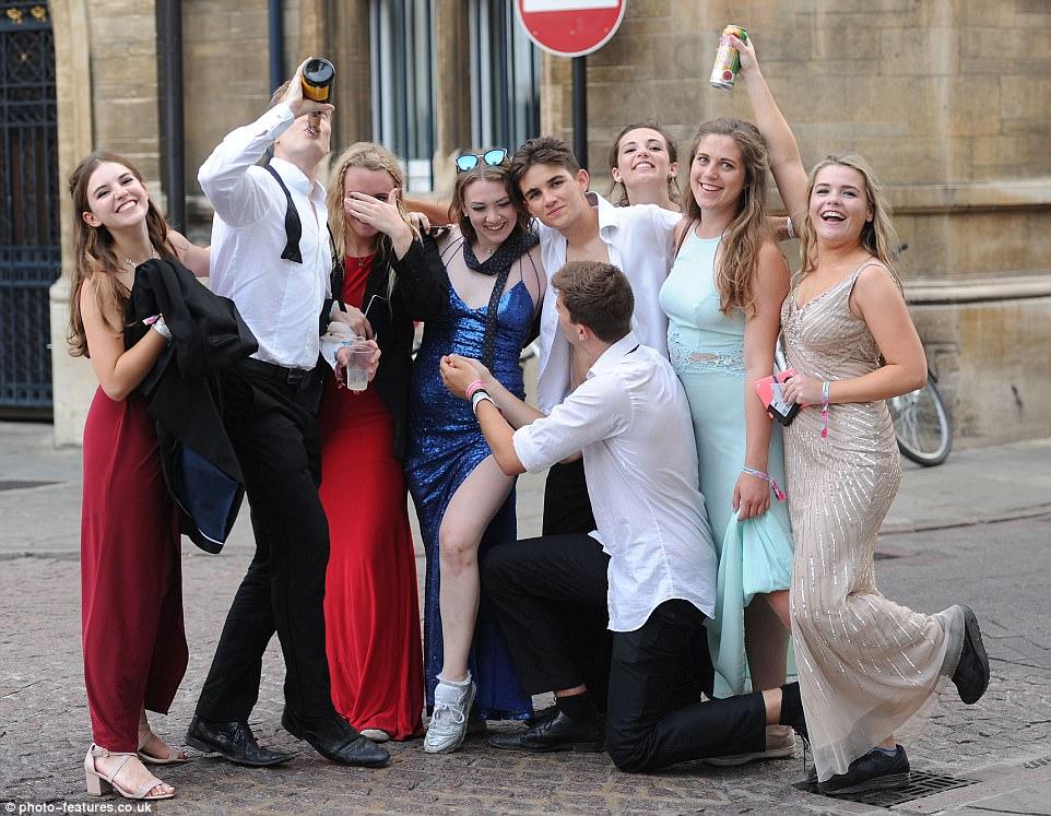 Студенты фото частное