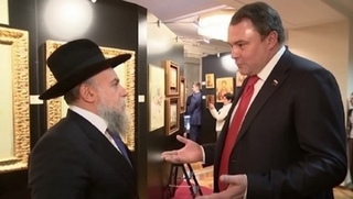 Евреи требуют извинений от Петра Толстого