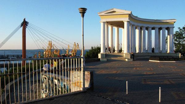 Порошенко-поймать и отнять: Украинский судья сбежал со взяткой в $19 тысяч, отстреливаясь от погони