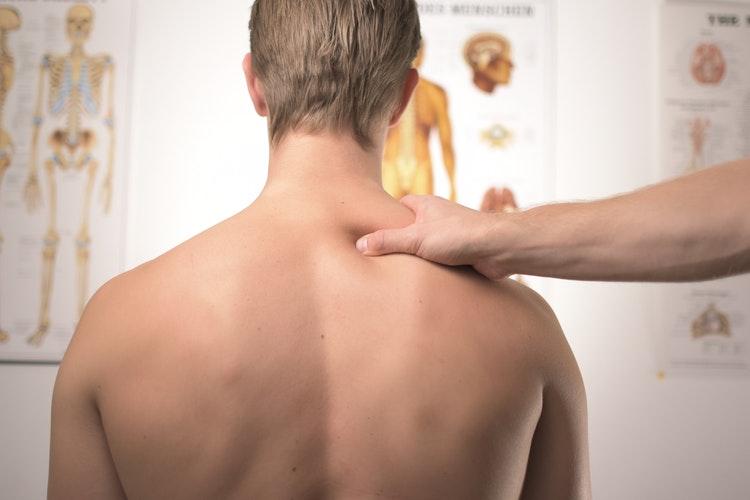 Может или не может лечить остеопатия?