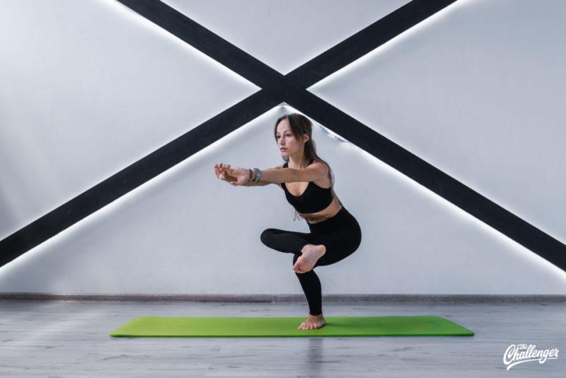 6 упражнений, которые улучшат растяжку и помогут сесть на шпагат. Изображение номер 6
